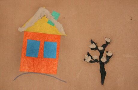 аппликация- домик и деревце