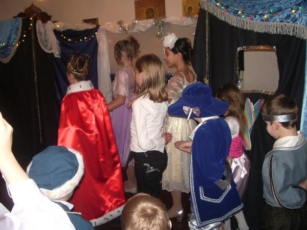 Рождественский спектакль - танец
