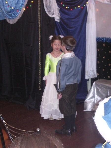 Рождественский спектакль - принц